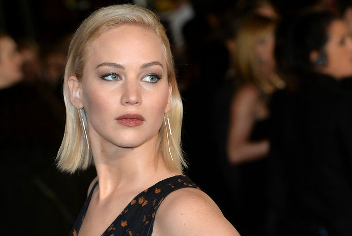 Jennifer Lawrence Just Topped All Her Hunger Games Premiere Beauty Looks?Come Compare