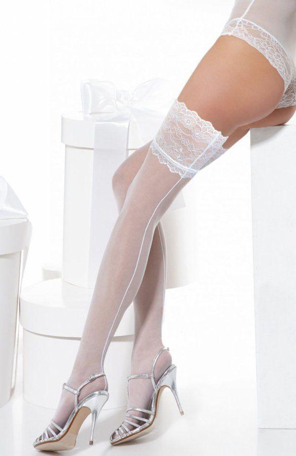 Conte Deluxe pończochy Uwodzicielskie pończochy, wykonane z gładkiej i elastycznej dzianiny, ozdobione szwem, który optycznie wydłuża nogi