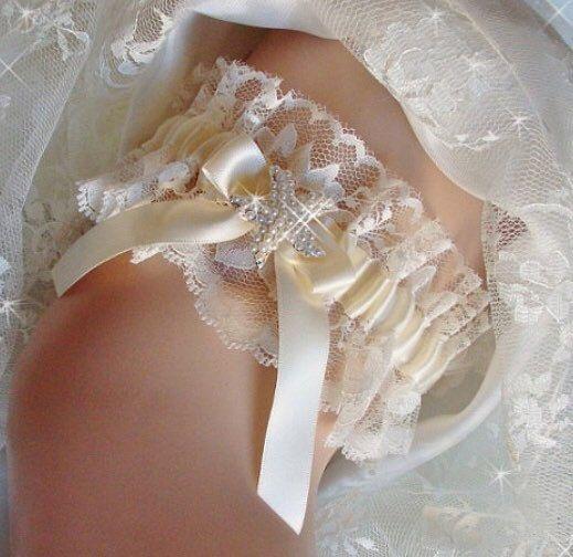 Beach Wedding Garter: Chantilly Lace Beach Starfish Wedding Garter Belt, Ivory
