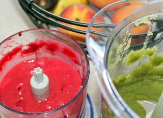 Homemade Baby Food Pouches With Fruits and Veggies - these sound awesome!  I think I might need to order more squeeze -ems