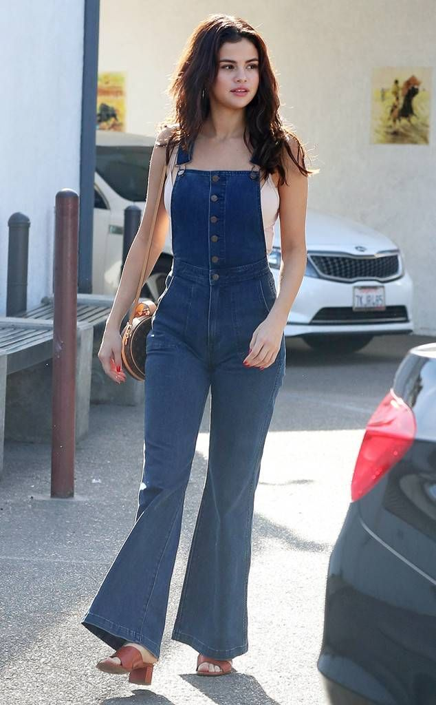 Selena Gomez from The Big Picture: Today's Hot Photos An overall success! The singer rocks a vintage denim look while stepping out for lunch in Los Angeles.