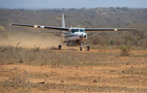 Touch down Makalali Airstrip close to Bushwise projects