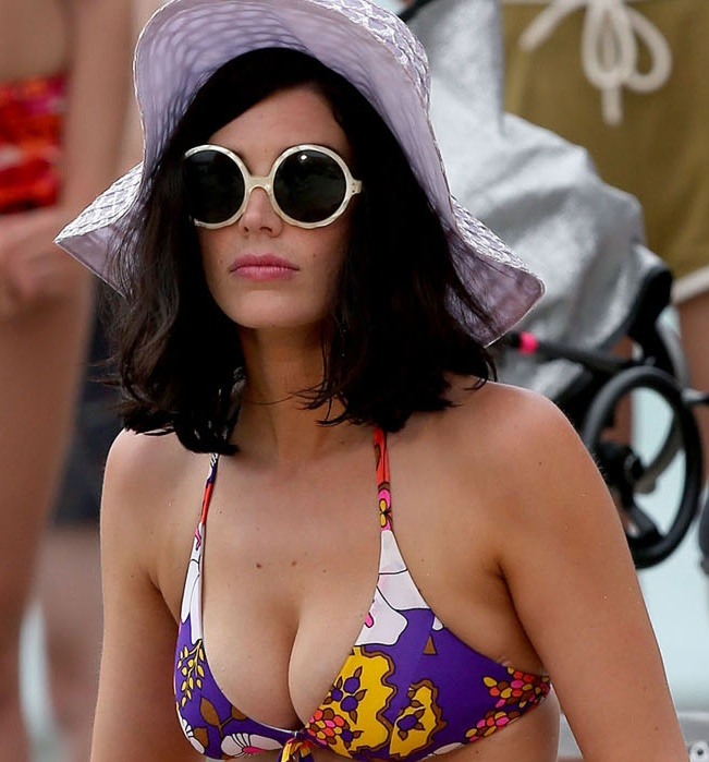 Best 25 Jessica Pare Ideas Only On Pinterest Mad Men