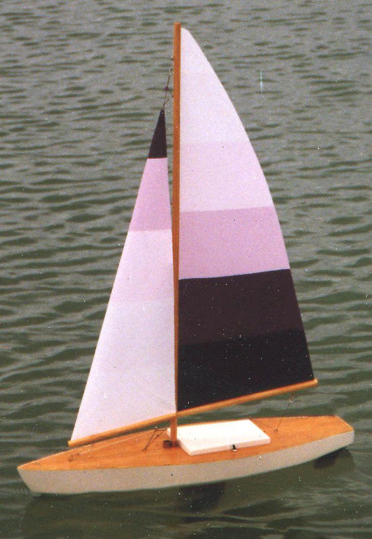 ... BATEAUX MODELES on Pinterest  Boat kits, Model maker and Boat design