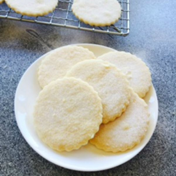 Join Jennie Jones, Romance Author as she celebrates the release today of her next rural romance, The Turnaround Treasure Shop with some beautiful delicate shortbread. Plus share whether you ever have a hankering for something old-fashioned and you'll go into the draw to win an ebook copy of Jennie's new release. Open internationally. Come join the fun! (May 22 2015 on Cathryn Hein's Friday Feast Blog!)