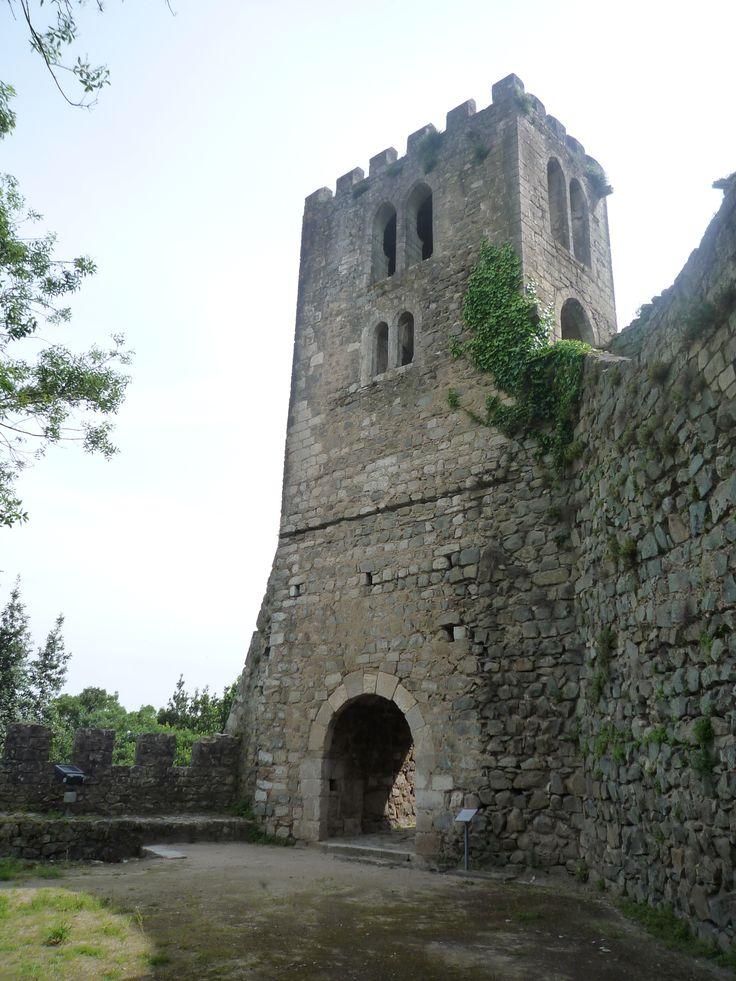 Torre dos sinos do Castelo de Leiria, em Leiria, Portugal.  Fotografia: Nunorojordao.
