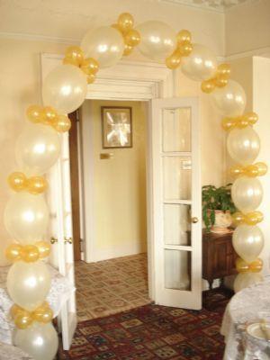 Linked Arch - Balloon Decorators