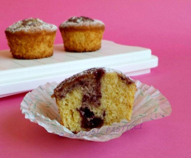 Muffin+al+miele+e+confettura+di+lamponi