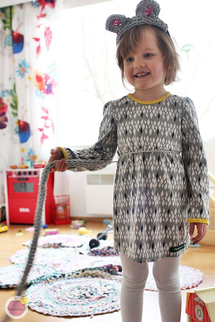 costume dress for kid, crochet tail
