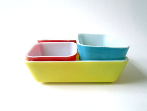 Pyrex Primary Color Refrigerator Dishes 501 2 by ZintageArchive