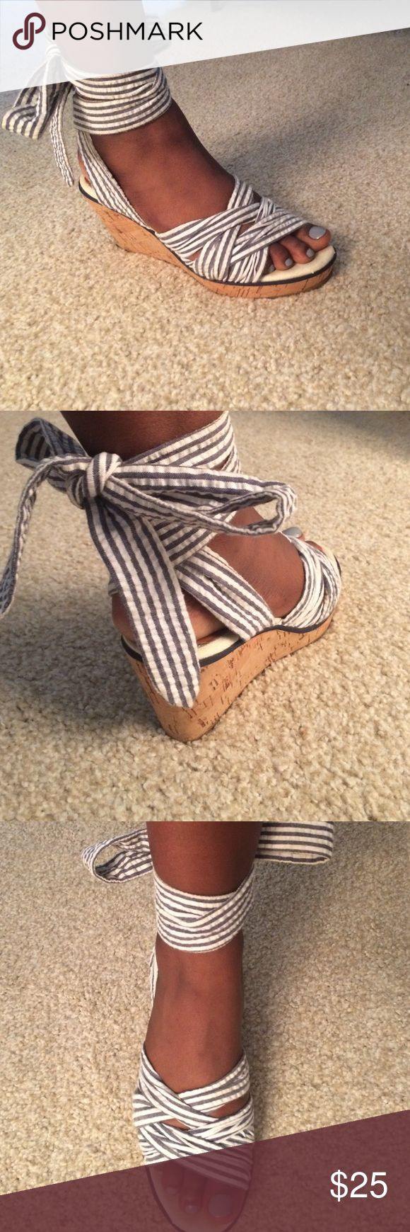 🎉CLEARANCE🎉 Sperry  ankle tie sandals 6.5/7 ADORABLE 💕 worn once Sperry Top-Sider Shoes Sandals