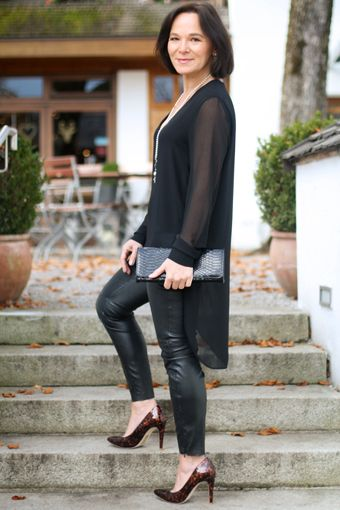 How to wear (faux) leather leggings over 50