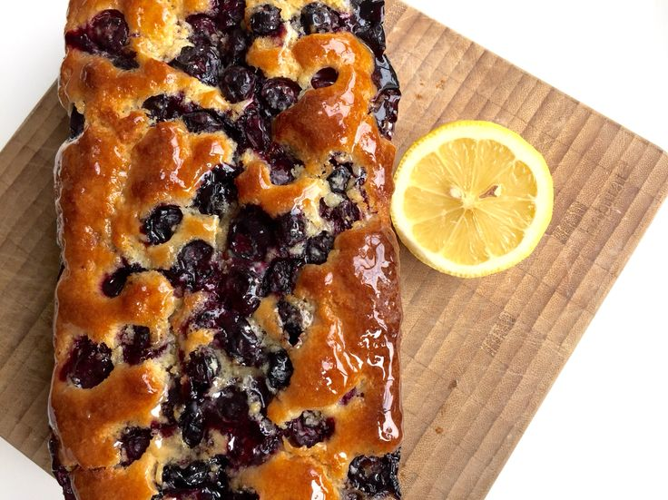 Blueberry lemon drizzle cake - Lovely all in one recipe for the #thermomix #thermibakeblog #lemondrizzlecake #baking #recipe