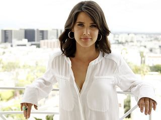 Cancer Survivor Turned Unstoppable Avenger: The Inspiring Story of Cobie Smulders Will Rock Your World! | moviepilot.com