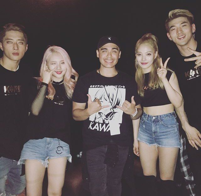 OMG ITS JREKLM WITH K.A.R.D!