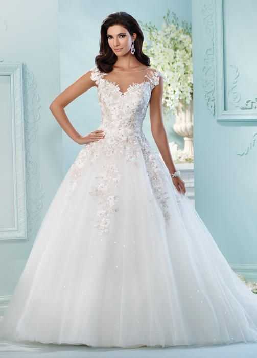 9 best wedding dresses images on Pinterest | Wedding frocks, Wedding ...