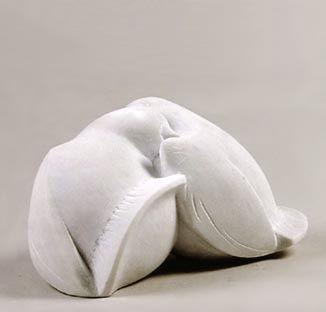 Turbando 2004, marmo statuario, Caroline Van Der Merwe http://musapietrasanta.it/content.php?menu=artisti