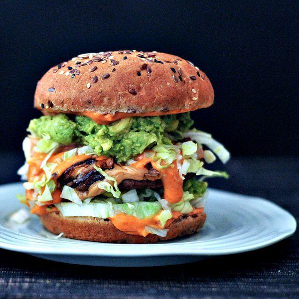 Spicy Peanut Butter Burger @spabettie