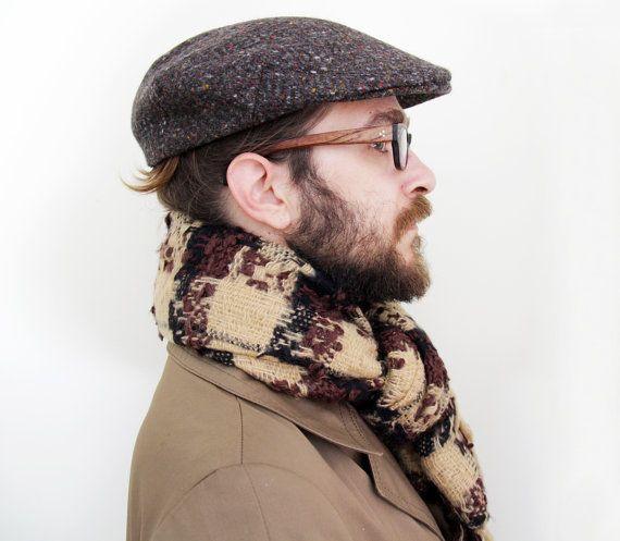 Vintage mens flat cap / Donegal Tweed Irish newsboy mens hat