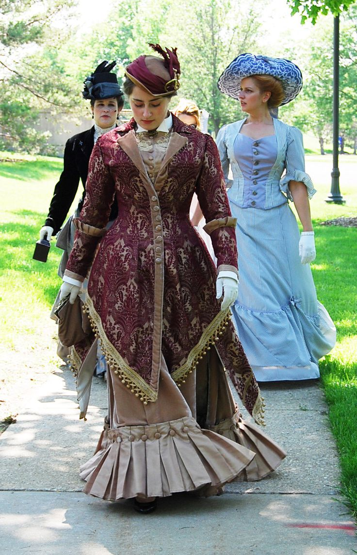 Neo Victorian Gown, Steampunk Walking Dress, original design, stunning 1880's couture burgundy and bronze velvet damask with satin pleats by TwilightAttire on Etsy https://www.etsy.com/listing/217181696/neo-victorian-gown-steampunk-walking