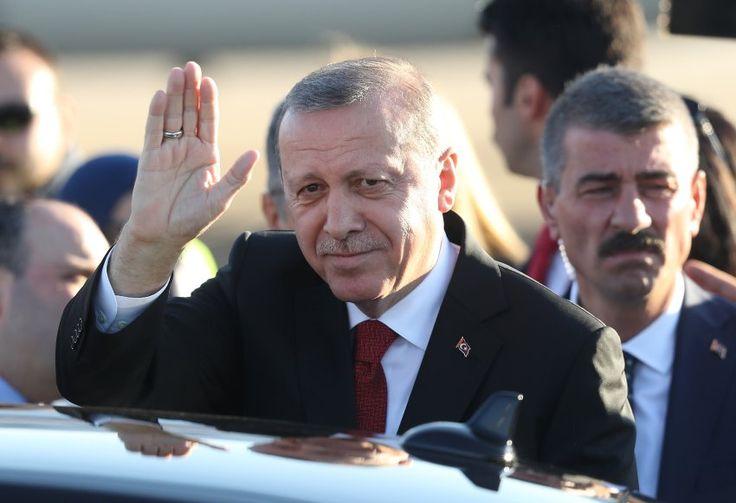 Auch der türkische Präsident Recep Tayyip Erdogan ist angekommen. Er will...