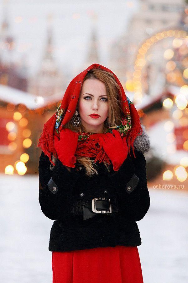 Russian girls. Russian beauty. Shawl, headscarf. Winter fashion, Russia, Moscow background.