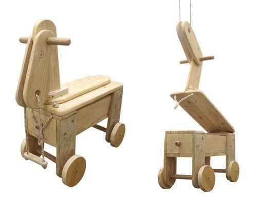 Alicucio, giocattoli iin legno riciclato
