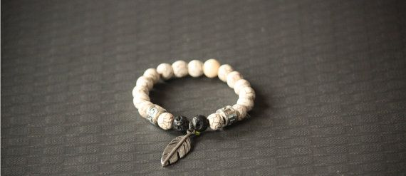 Beaded Fashion Bracelet Pewter Feather Charm by BoogeJewellery, $59.00