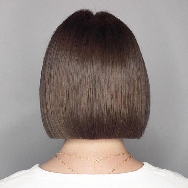 #tbt of a one length bob I did on @hadpayan . I'm so excited that she's coming in for a haircut today!! ❤️