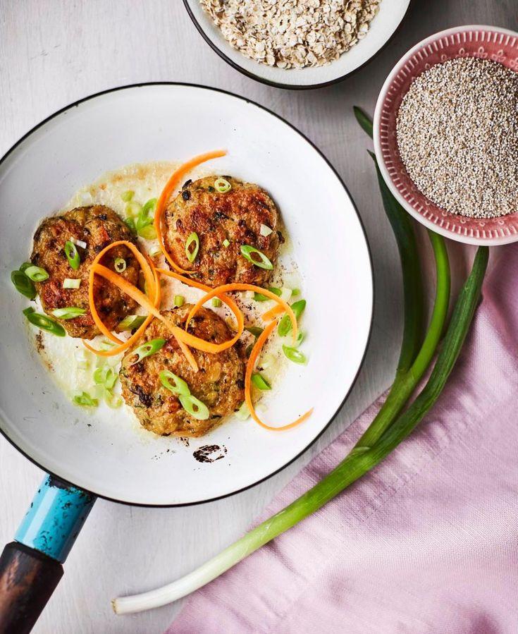 Kvinoasta ja kasviksista syntyy ravitsevat vegepihvit.