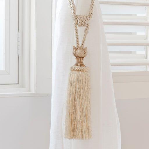 Zara Home RESIN CENTRE TIEBACK $29.95
