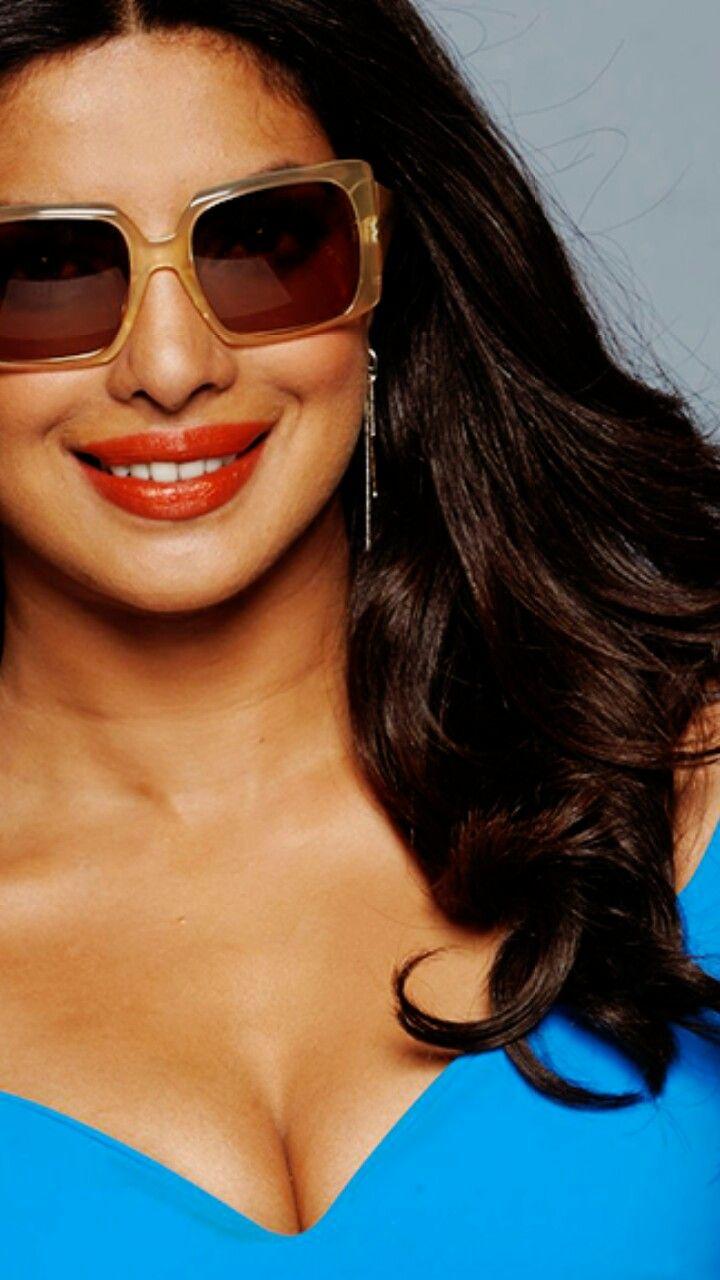 Pin by v k on Priyanka Chopra | Bollywood actress hot