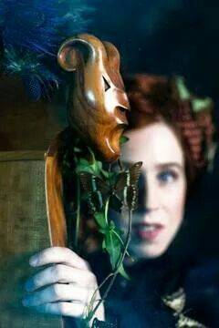 Born in Pont-Croix, in Finistère in Western France, Cecile Corbel has played the harp since she was 15 and takes her inspiration from the Arthurian belongings to the Celtic world.  http://www.cecile-corbel.com/en/home.html, https://www.facebook.com/cecilecorbelmusic, http://www.last.fm/music/C%C3%A9cile+Corbel, https://www.youtube.com/channel/UCz-nKbqs4-ykdNFuacbFY8w and https://www.google.com/search?client=ubuntu&channel=fs&q=+C%C3%A9cile+Corbel+soundcloud&ie=utf-8&oe=utf-8