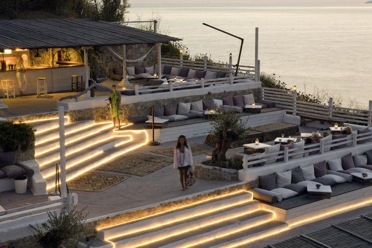 Aperitivo con musica lounge alle Terrazze Kibar(Hotel Chiaia di Luna Isola di Ponza)!