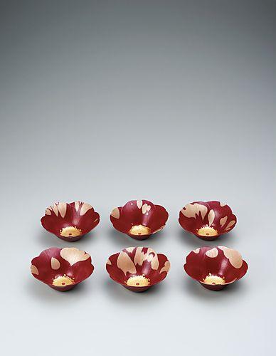 野口洋子 乾漆椿花組鉢「糊こぼし」-公益社団法人日本工芸会
