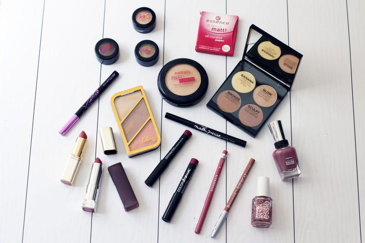 The bi-annual Priceline 40% off makeup sale is fast approaching (tomorrow, Wednesday 22 and Thursday 23 March!), and I have a few all-time absolute favourites…