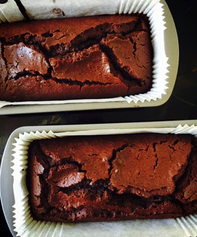 Jo's Blue AGA: Very Squidgy Moist Chocolate Loaf