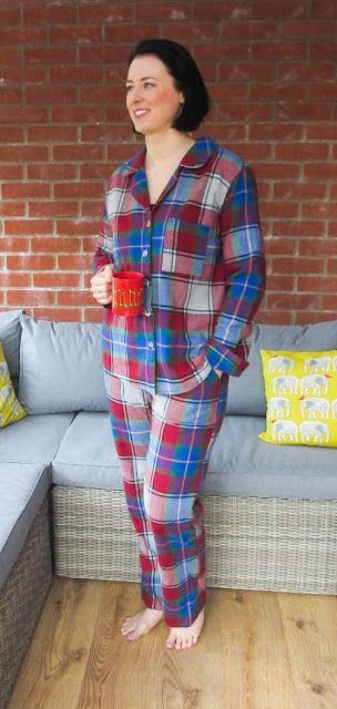Closet Case Files - Closet Case Patterns - Carolyn Pajamas (Pyjamas) sewing pattern - super cosy Pjs made by Crafty Clyde in multicoloured plaid brushed cotton! #closetcasepatterns #carolynpajamas