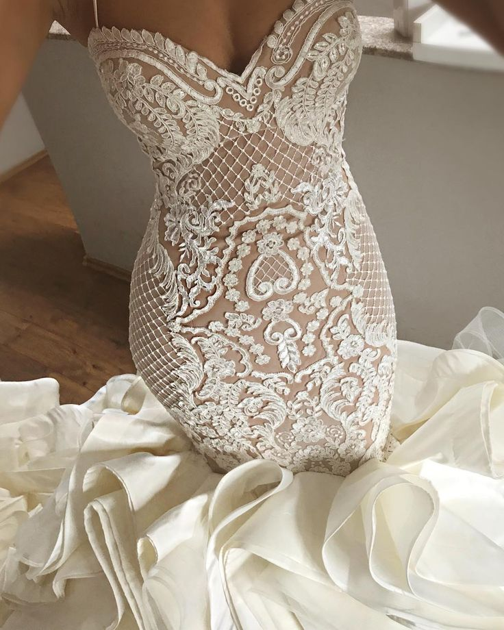 Les 107 meilleures images du tableau mariage sur pinterest for Robes de renouvellement de voeux de mariage taille plus