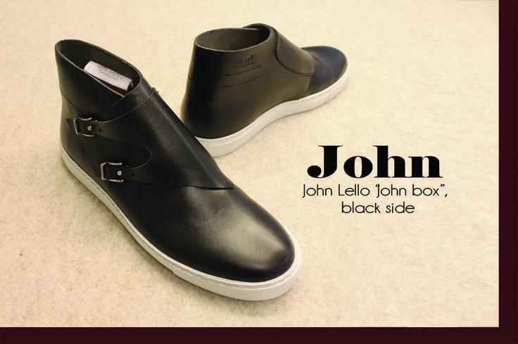 """John"" type box by John Lello  www.johnlello.com/ www.instagram.com/john_lello/ www.facebook.com/pages/John-Lello/   #shoes #shoestyle #shoesdesign #design #details #leather #black #handcraft #handmade #madeinitaly"