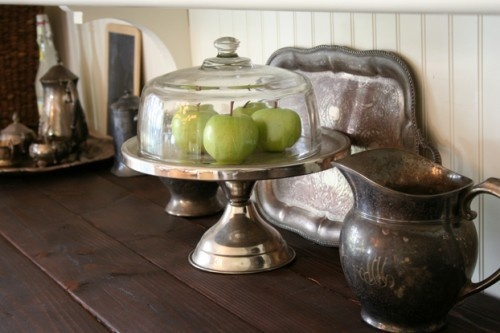 apples on a cakestand!: Antiques Silver, Traditional Dining Rooms, Traditional Kitchens, Silver Cake, Cakes Plates, Paintings Cottages, Tarnished Silver, Vintage Silver, Cakes Stands