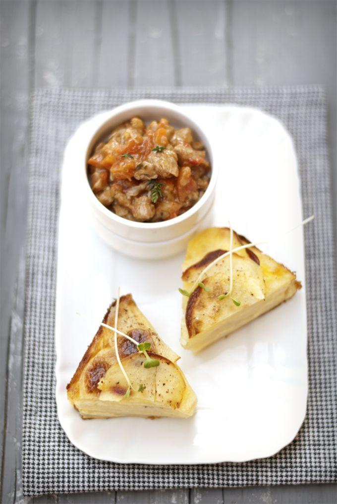 ragoût d'agnello e gratin di patate