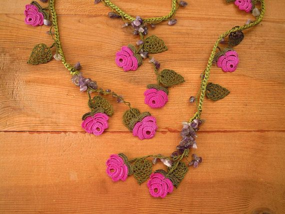 Lariat necklace completely crocheted with a very fine hook. We used green thread for the chain and leaves, and violt thread for the roses. Embellished with amethyst chipbeads.  Length: 180 cm / 71 in  Our other necklaces are here: http://www.etsy.com/shop/PashaBodrum?section_id=6884137  Dont forget to check out the rest of our shop: http://www.etsy.com/shop/PashaBodrum