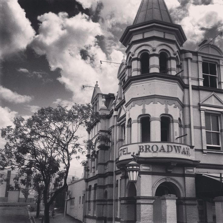 Broadway Hotel Woolloongabba 1889