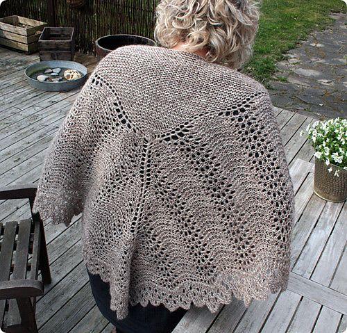 Ravelry: Noget der ligner pattern by Liselotte Weller