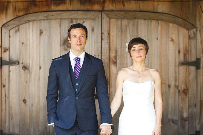 Moda na wiejskie wesela powraca. Niegdyś to właśnie one były najbardziej huczne, a wiele z wiejskich tradycji weselnych na stałe wpisało się do kanonu pols...