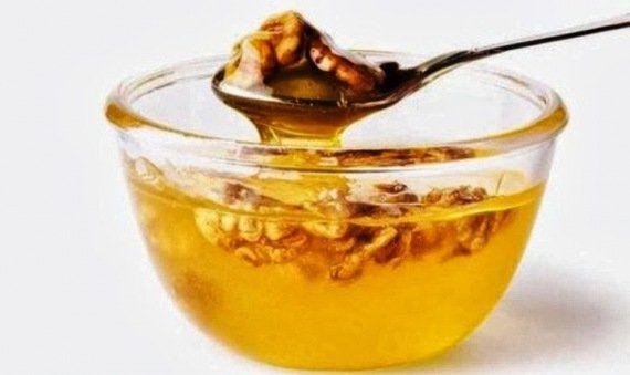 Csodákra képes a mézben érlelt dió. Ezért egyél minden nap 3x egy kanállal belőle! | Évi Egészségőr