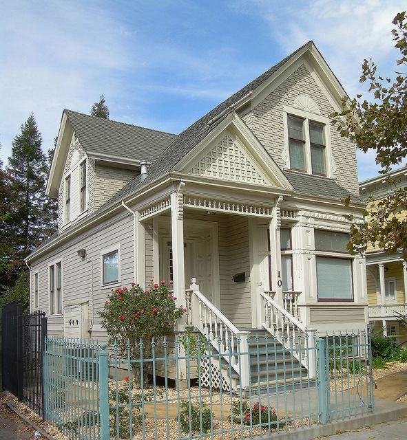Victorian House | Flickr - Photo Sharing!