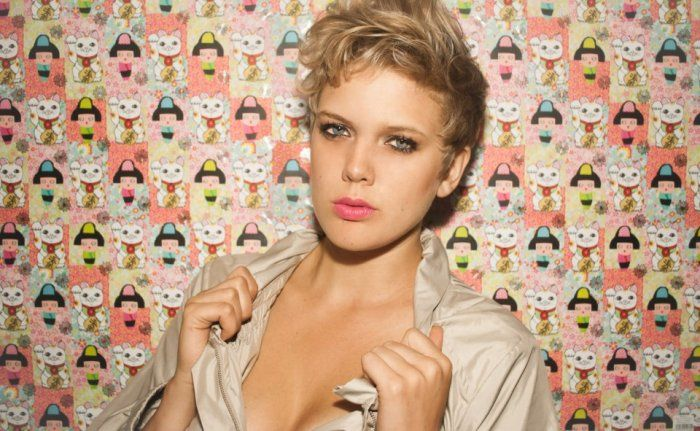 Much buzzed singer-songwriter and musician Betty Who signs with RCA Records