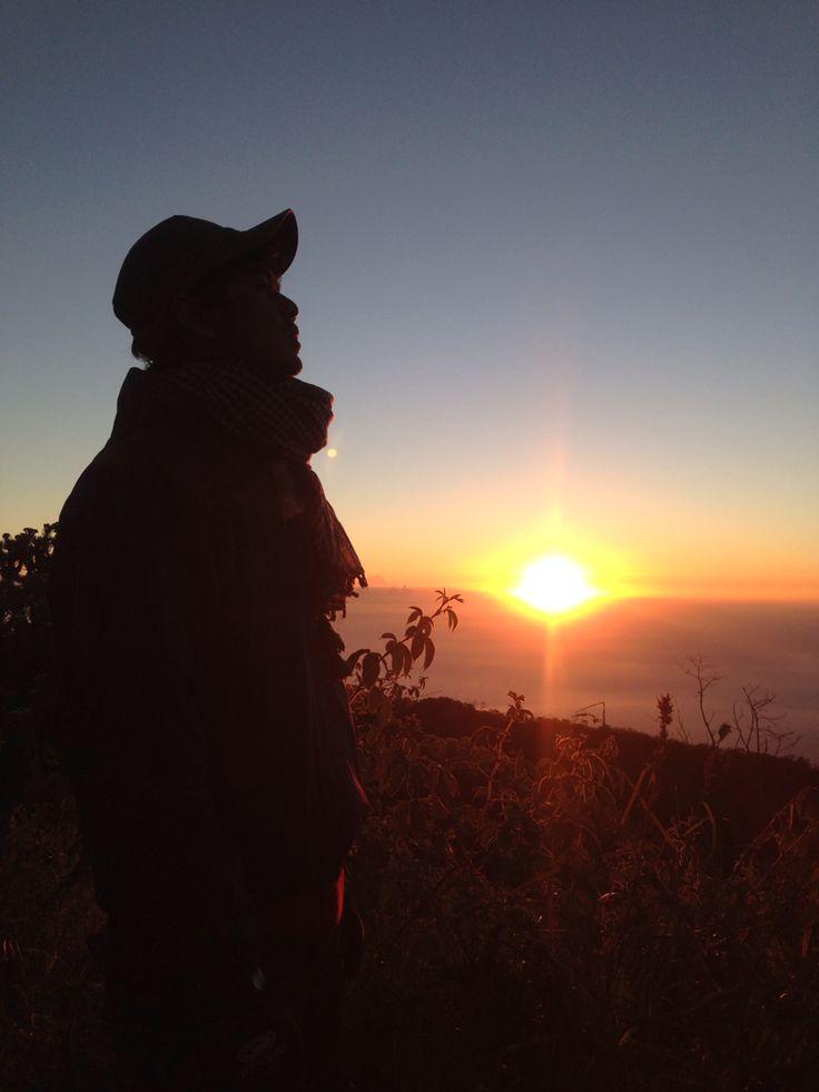 Sunset di atas ciremai